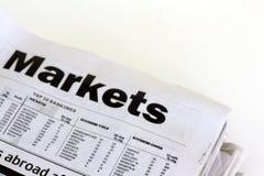 Finanzzeitungen Stockfotos