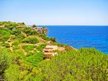 Finca/maison/à la maison solitaires avec la vue d'océan Images libres de droits