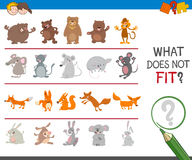 Find mismatched image game. Cartoon Illustration of Finding Picture that does not Fit with the Rest in a Row Educational Activity for Preschool Children Stock Photography