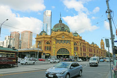 Finders Street Railway Station (1910) in Melbourne's CBD serves the entire metropolitan rail network Stock Images