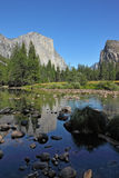 Fine autumn day in Yosemite. Royalty Free Stock Photos