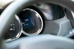 Fine del bordo del un poco del calibro di combustibile su fotografia stock