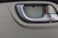 Fine del collage dei dettagli dell'interno dell'automobile sulla foto Immagine Stock