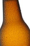 Fine del collo della bottiglia da birra in su Fotografia Stock