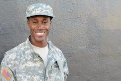 Fine del lavoratore dell'esercito su che sorride Immagine Stock
