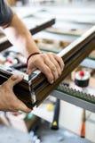 Fine del lavoro della fabbrica su fotografia stock