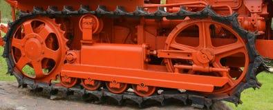 Fine del trattore a cingoli del trattore su Immagine Stock Libera da Diritti