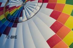 Fine dell'aerostato di aria calda in su Fotografia Stock