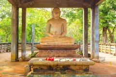Fine dell'altare della statua di Anuradhapura Samadhi Buddha Fotografie Stock