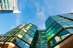 Fine dell'edificio per uffici su Fotografie Stock Libere da Diritti