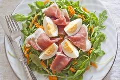 Fine dell'insalata del prosciutto in su Fotografia Stock
