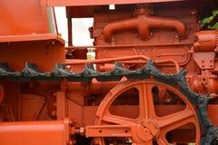Fine della parte del trattore a cingoli del trattore su Immagini Stock Libere da Diritti