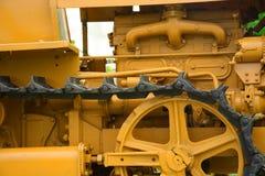 Fine della parte del trattore a cingoli del trattore su Immagine Stock Libera da Diritti