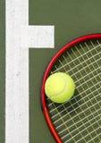 Fine della racchetta di tennis in su Fotografie Stock Libere da Diritti
