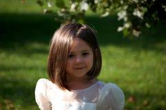 Fine della ragazza di fiore in su Fotografie Stock Libere da Diritti