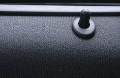 Fine della serratura di portello dell'automobile in su Immagini Stock