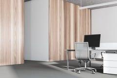 Fine di legno bianca e scura dell'angolo di ufficio su Fotografia Stock Libera da Diritti