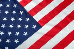 Fine di seta d'annata della bandiera americana su fondo Immagini Stock Libere da Diritti