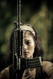 Fine femminile del soldato in su fotografie stock libere da diritti
