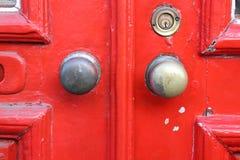 Fine rossa del minimalista della porta sul colpo Immagine Stock