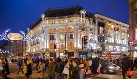 Fine settimana di Black Friday a Londra la prima vendita prima del Natale Regent Street Fotografie Stock