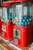 Fine su di vecchia macchina del gumball, Tailandia immagine stock libera da diritti
