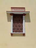 Finestra antica con l'ornamento orientale a Jaipur Fotografia Stock Libera da Diritti