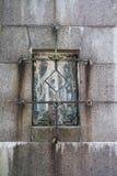 Finestra arrugginita antica Immagini Stock Libere da Diritti