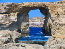 Finestra azzurrata, Gozo, Malta Immagine Stock