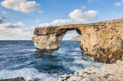 Finestra azzurrata nell'isola di Gozo, Malta. Fotografia Stock