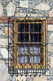 Finestra con la copertura di obbligazione Fotografia Stock Libera da Diritti