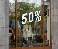 Finestra del negozio con i numeri delle percentuali Immagine Stock Libera da Diritti