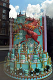 Finestra del negozio di giubileo di diamante della regina a Londra Fotografie Stock Libere da Diritti