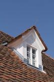 Finestra della soffitta Fotografie Stock Libere da Diritti