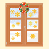 Finestra di inverno con il vettore della corona di Natale Immagine Stock Libera da Diritti