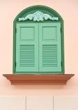 Finestra di legno verde fotografia stock libera da diritti