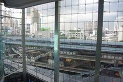 Finestra di un centro commerciale a Bangkok immagine stock