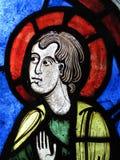 Finestra di vetro macchiata medioevale della st Peter Immagine Stock