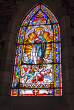 Finestra di vetro macchiato dentro la chiesa della nostra signora di Nahuel Huapi Fotografie Stock