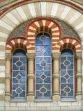 Finestra di vetro macchiato gotica alta antica Immagine Stock