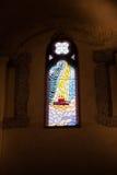 Finestra di vetro macchiato nel duomo di Napoli Fotografia Stock Libera da Diritti