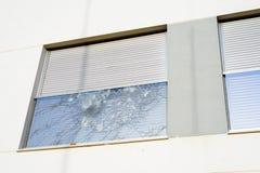 Finestra di vetro rotta Fotografia Stock Libera da Diritti
