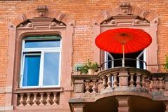 Finestra e parasole Immagini Stock