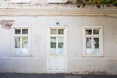 Finestra e porta di vecchia casa Immagini Stock