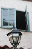 Finestra nera del turchese e del palo della luce Fotografie Stock Libere da Diritti