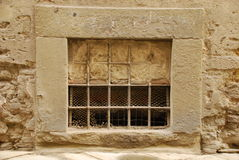 Finestra parzialmente ostruita in Toscana Fotografie Stock