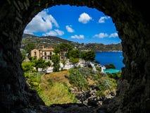 Finestra su Lipari fotografia stock