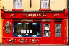Macellaio irlandese tradizionale. Killarney. L'Irlanda Immagini Stock