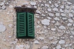 Finestra verde fotografia stock