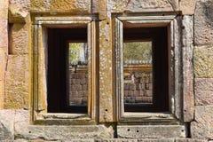 Finestre del castello Fotografie Stock Libere da Diritti
